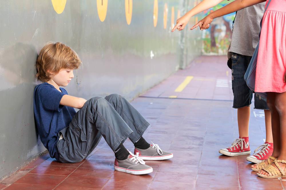 ¿Crueldad infantil o pasotismo adulto?