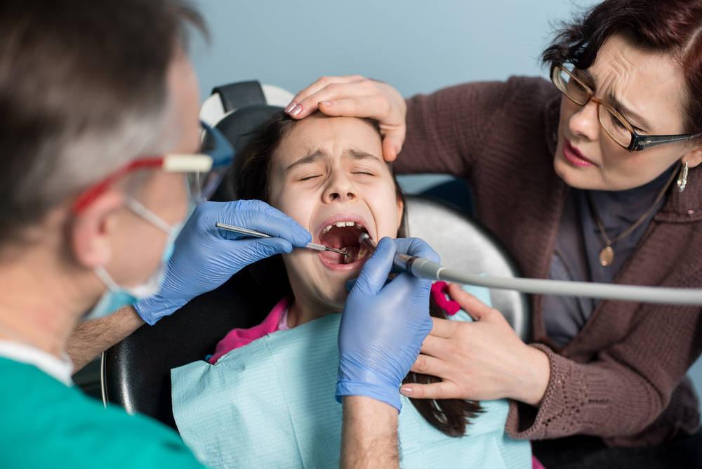 Formas de superar el miedo al dentista en los niños