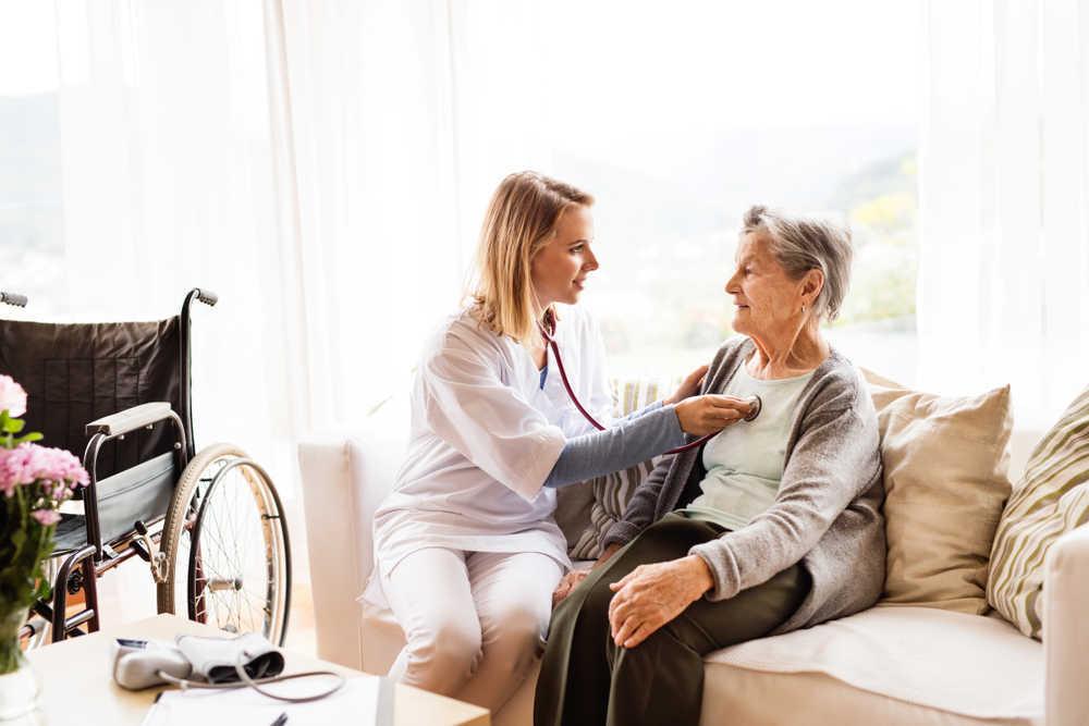 Consejos para adaptar una vivienda a personas mayores